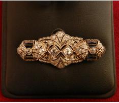 Art Deco Au brošňa diamanty (28 ks)1,45 ct ,synt.zafíry 0,20 ct